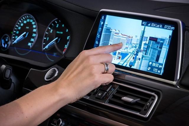 שירות המפות Nokia HERE מוצג בתערוכת CES ברכב של BMW (מקור: נוקיה)