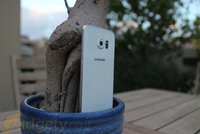 Samsung-Galaxy-S6-Edge-back-Design
