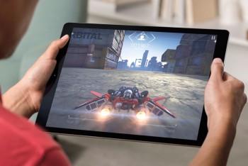 סופה של סדרת אייפד אייר: אפל תשיק טאבלט בגודל 9.7 אינץ' תחת מותג iPad Pro