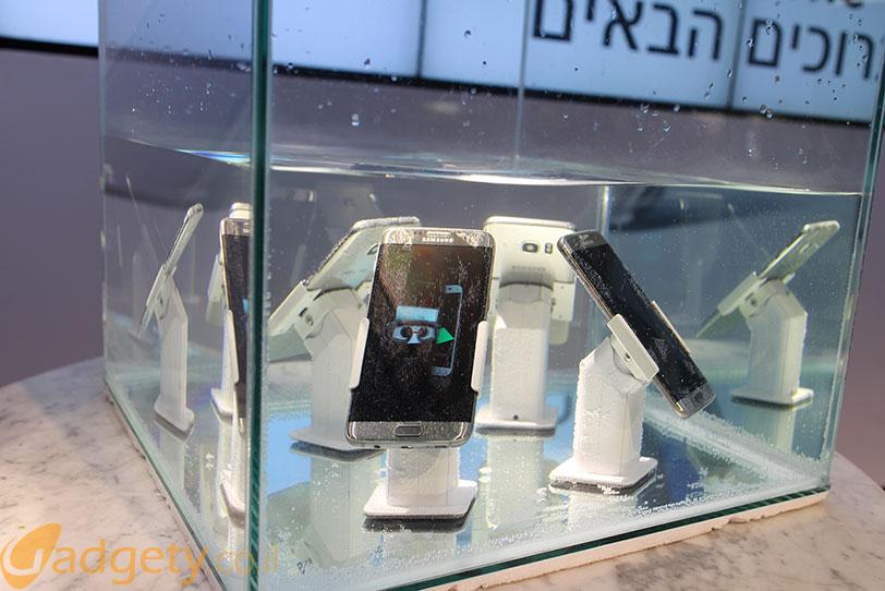 מתחת למים: Samsung Galaxy S7 (צילום: גאדג'טי)