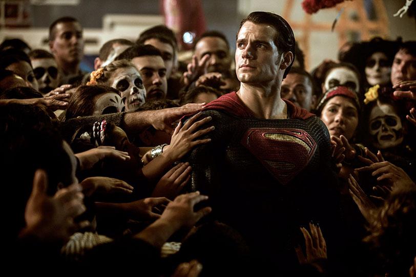 הנרי קאביל כסופרמן (מתוך: באטמן נגד סופרמן - שחר הצדק)