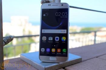 """שמועה: סמסונג תקדים את השקת ה-Galaxy S8, יגיע ללא שקע 3.5 מ""""מ עבור אוזניות"""