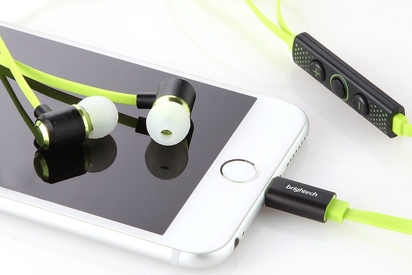 אוזניות Brightech עם מחבר Lightning