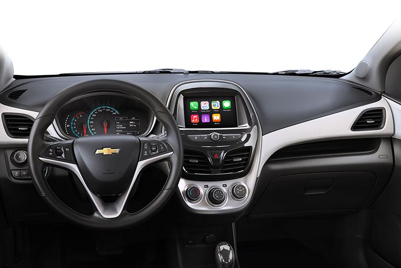 מערכת Apple CarPlay ב-Chevrolet Spark החדשה אשר הושקה בישראל.