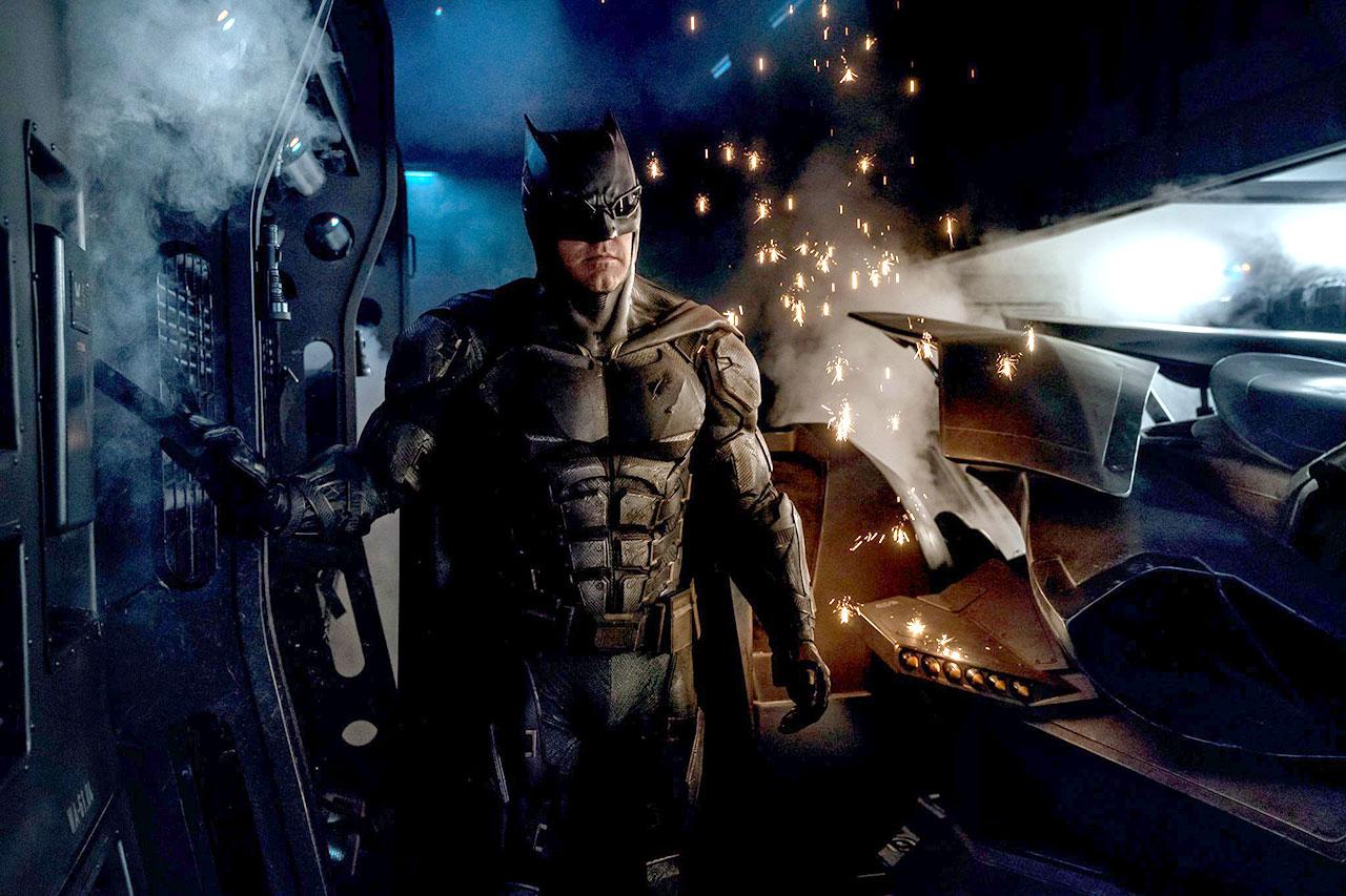 """בן אפלק בחליפת באטמן החדשה מתוך """"ליגת הצדק"""" (קרדיט: זאק סניידר \ טוויטר)"""
