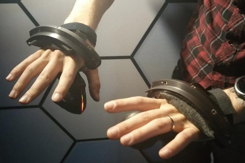 בקר Valve למציאות מדומה