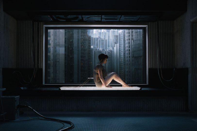"""סקרלט ג'והנסון מתוך """"הרוח שבמעטפת"""" (קרדיט תמונה: Paramount Pictures)"""