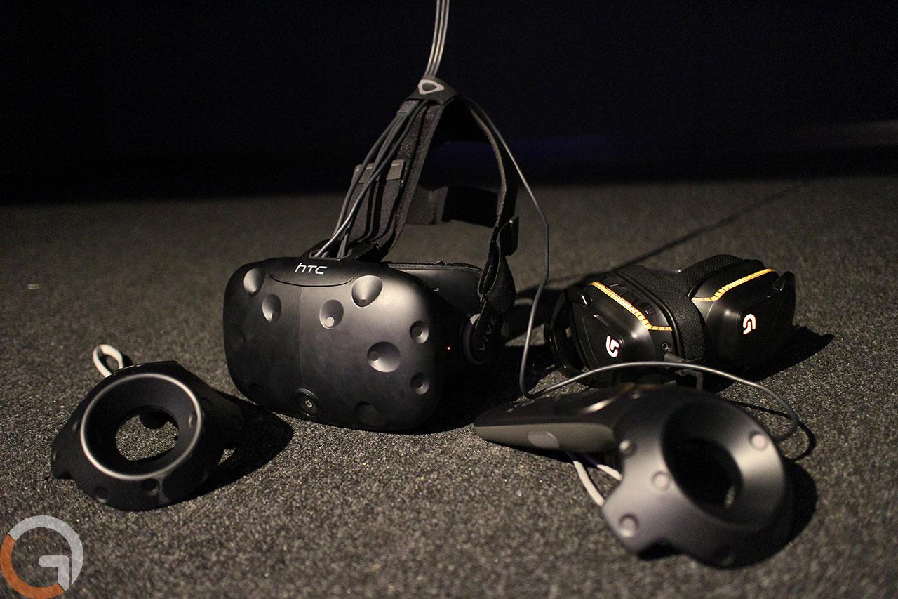 משקפי המציאות המדומה HTC Vive (צילום: גאדג'טי)