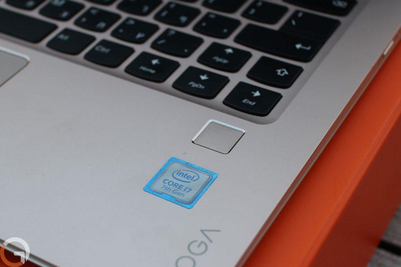 מחשב Lenovo Yoga 910 (צילום: גאדג'טי)