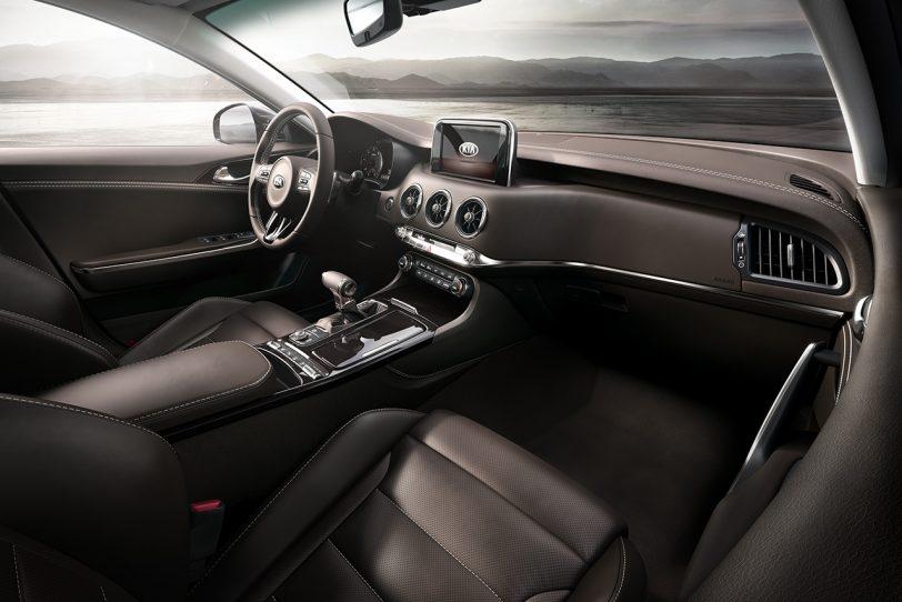 מבט מבפנים: Stinger GT (תמונה: Kia)