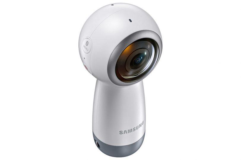 """מצלמת Gear 360 לשנת 2017 (צילום: יח""""צ Samsung)"""