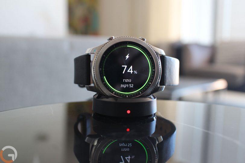 Samsung Gear S3 Classic (צילום: רונן מנדזיצקי, גאדג'טי)