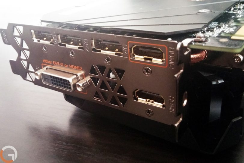 כרטיס מסך Gigabyte AORUS מדגם GTX 1080Ti (צילום: אורי כרמי, גאדג'טי)