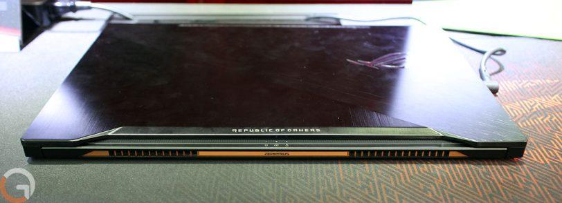 נייד גיימינג Asus ROG Zephyrus GX501 (צילום: רונן מנדזיצקי, גאדג'טי)