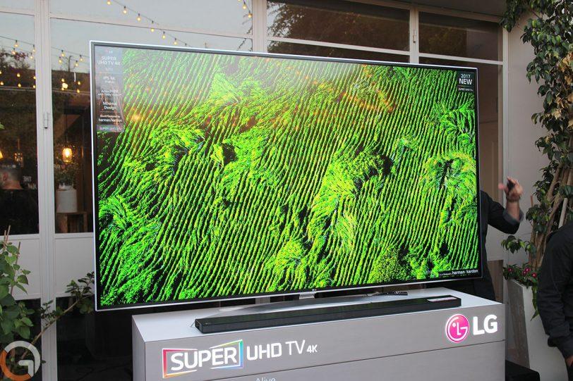 מסך טלוויזיה LG SJ95 (צילום: רונן מנדזיצקי, גאדג'טי)