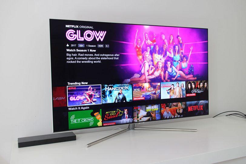 מסך טלוויזיה Samsung 55Q7F (צילום: רונן מנדזיצקי, גאדג'טי)