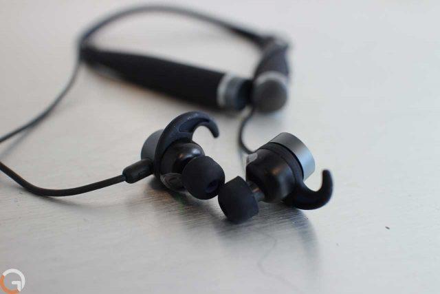 מאמנת הכושר Vi מגיעה לישראל עם אוזניות אלחוטיות במחיר 899 שקלים