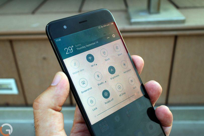 Xiaomi Mi6 (צילום: רונן מנדזיצקי, גאדג'טי)