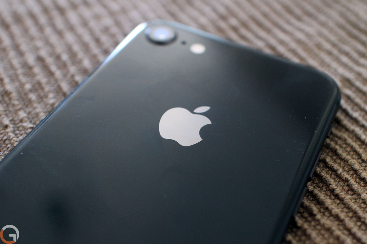 iPhone 8 (Photo: Ronen Mandzicki, Gadgeti)