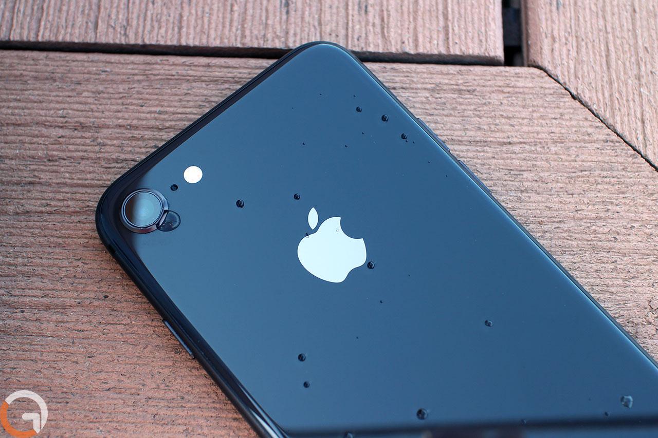 iPhone 8 (צילום: רונן מנדזיצקי, גאדג'טי)