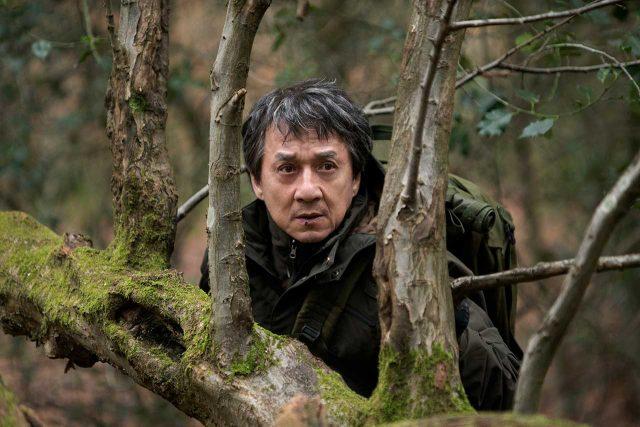 ביקורת סרט: נקמה זרה – לא ירים את ג'קי צ'אן, ולא יפיל אותו