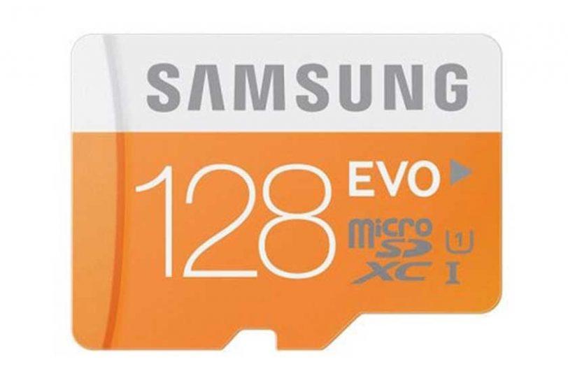 כרטיס זיכרון microSD מבית סמסונג בנפח 64 גיגה-בייט