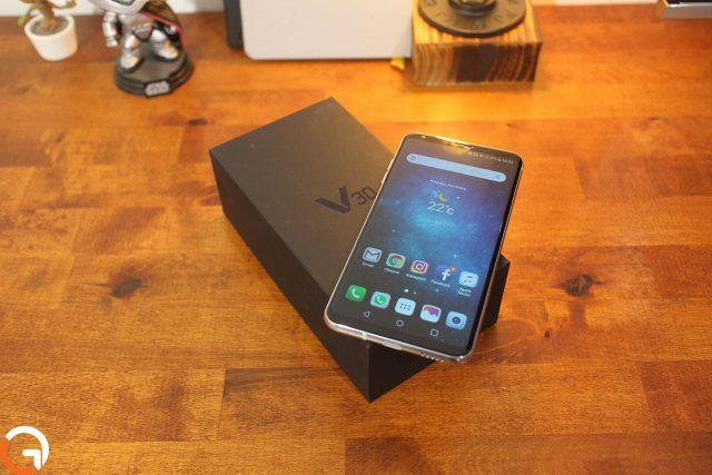 וידאו: פתיחת קופסה לסמארטפון ה-LG V30