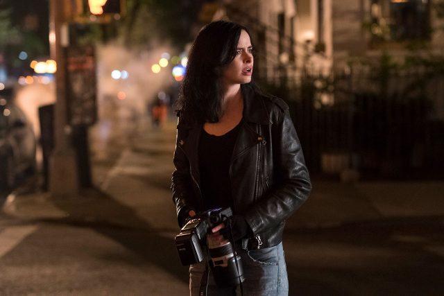 ביקורת סדרה: ג'סיקה ג'ונס, עונה 2 – תעלומות שלא רצינו שיפתרו