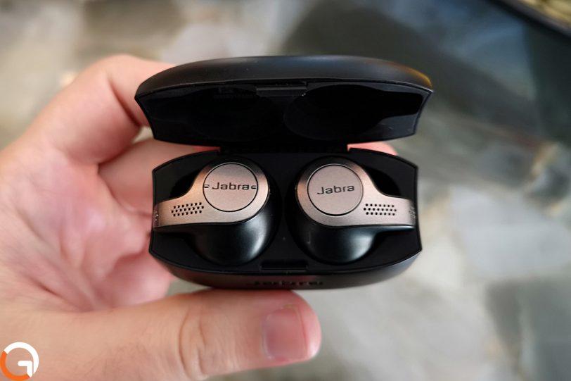 אוזניות Jabra Elite 65t (צילום: רונן מנדזיצקי, גאדג'טי)