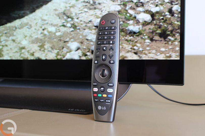 שלט רחוק לטלוויזיה LG OLED 55C8Y (צילום: רונן מנדזיצקי, גאדג'טי)