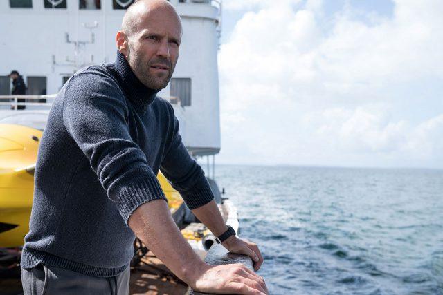 ביקורת סרט: אימה במצולות – סטיית'האם צריך כריש גדול יותר