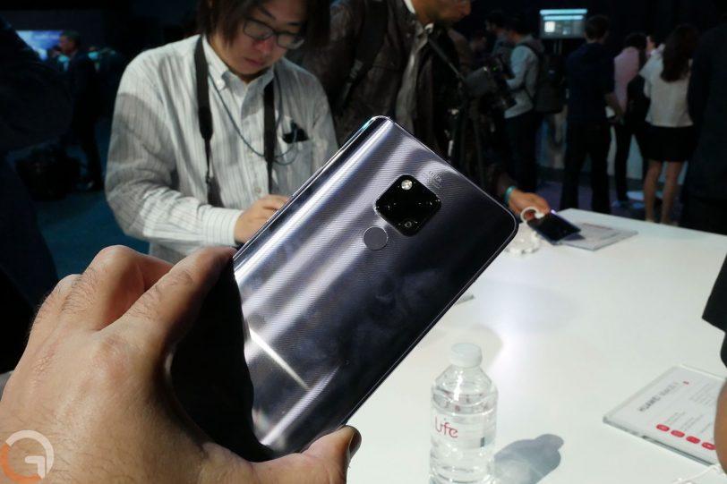 Huawei Mate 20X (צילום: רונן מנדזיצקי, גאדג'טי)