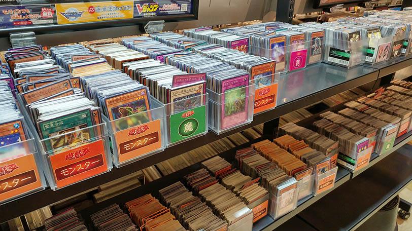 בחנויות היד-השניה ניתן למצוא כל דבר גיקי (צילום: רפאל בן ארי, גאדג'טי)