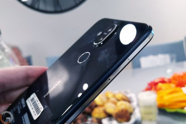 Nokia 8.1 (צילום: רונן מנדזיצקי, גאדג'טי)