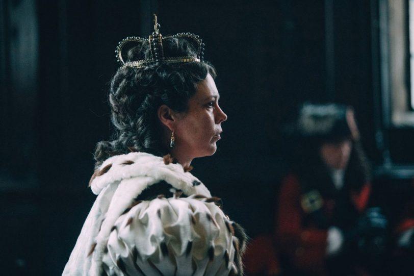 """אוליביה קולמן כמלכה אן מתוך """"המועדפת"""" (תמונה באדיבות פורום פילם)"""