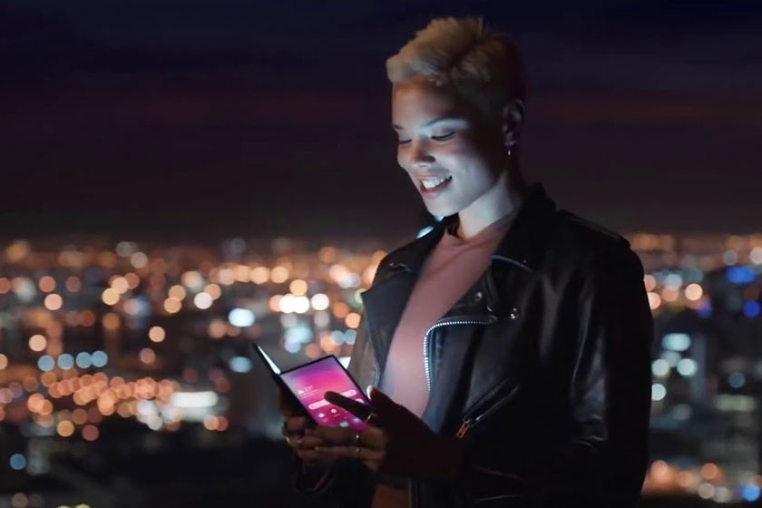 Samsung Galaxy F (הדלפה: Slashleaks)