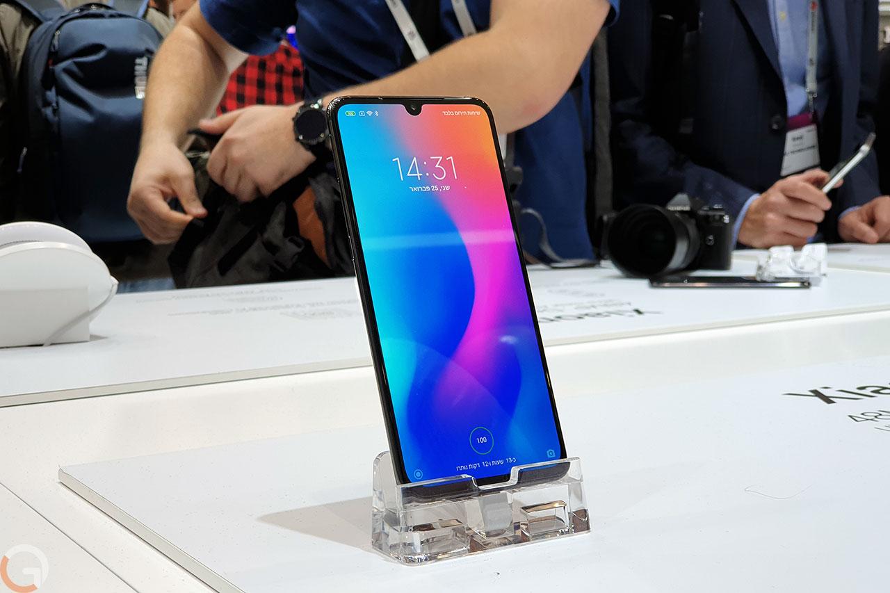 Xiaomi Mi 9 (צילום: רונן מנדזיצקי, גאדג'טי)