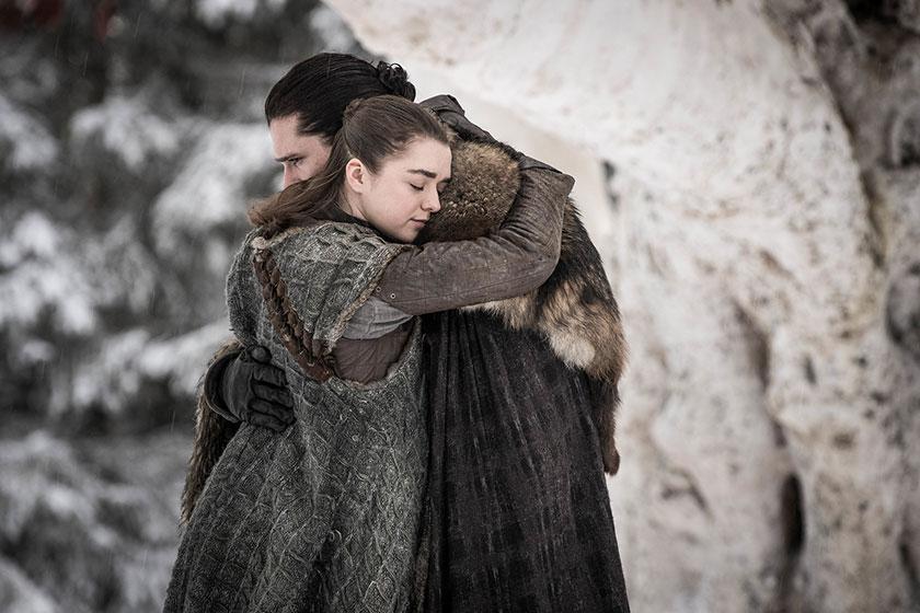 אריה סטארק וג'ון סנואו מתוך משחקי הכס, עונה 8 (צילום: Helen Sloan, תמונה באדיבות HBO)
