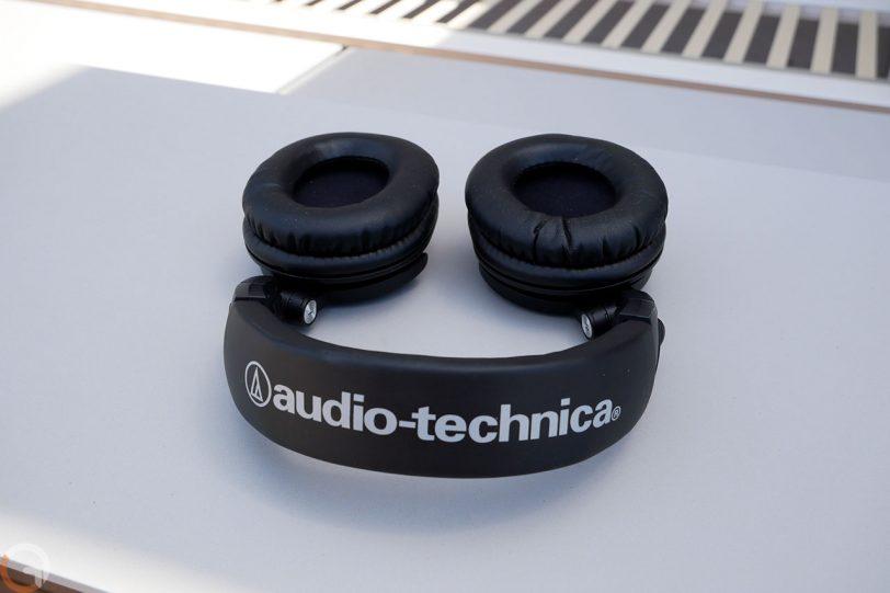 אוזניות Audio Technica ATH-M50xBT (צילום: רונן מנדזיצקי, גאדג'טי)