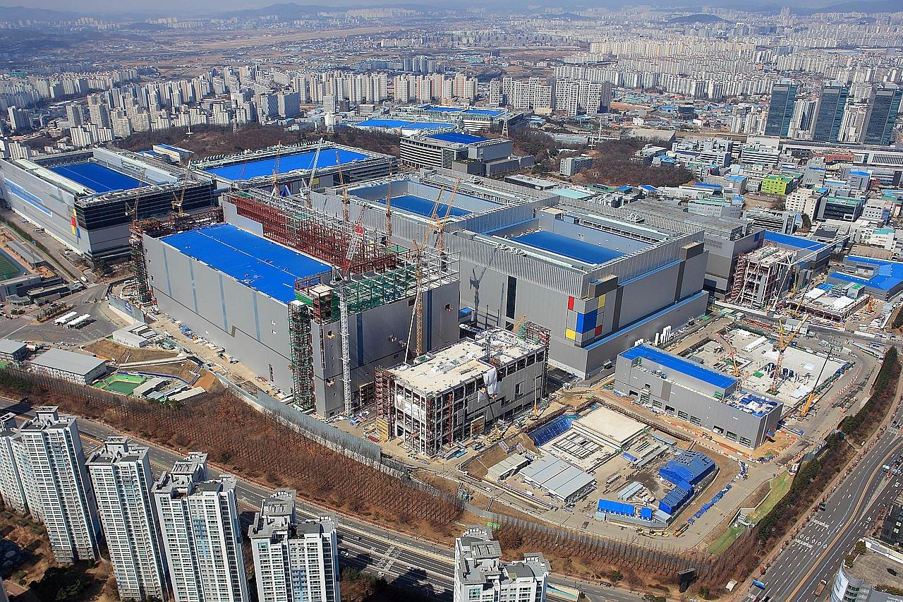 מפעל הייצור החדש של סמסונג ב-Hwaseong קוריאה (מקור סמסונג)