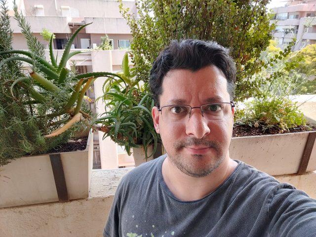 סלפי OnePlus 7 Pro