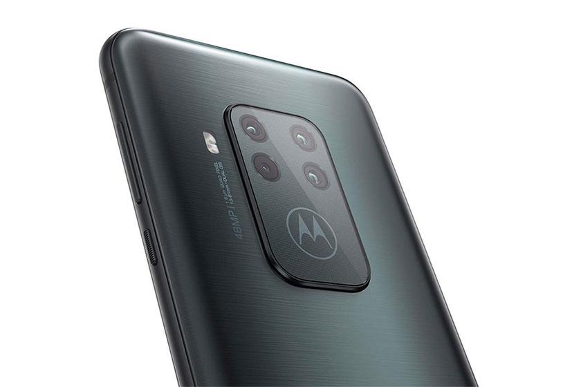 Motorola One Zoom (תמונה: Twitter/Roland Quandt)