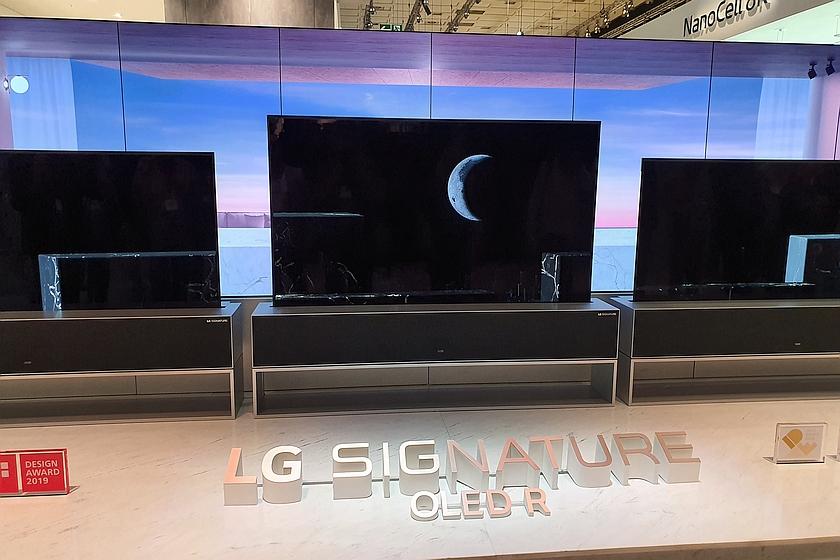 טלוויזיית LG Signature OLED R
