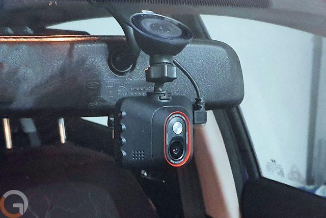 גאדג'טי מסקר: Mio MiVue C328 – מצלמת רכב 1080P עם ממשק בעברית