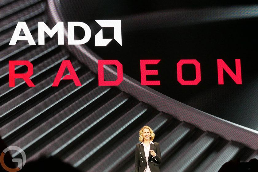 לורה סמית, דירקטורית חטיבת Radeon ב-AMD (צילום: רונן מנדזיצקי, גאדג'טי)