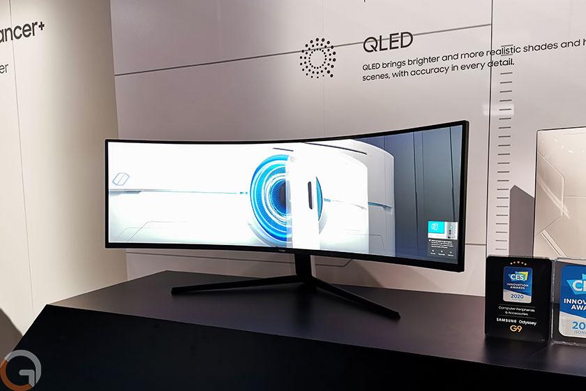 מסך מחשב גיימינג Samsung Odyssey G9 (צילום: רונן מנדזיצקי, גאדג'טי)