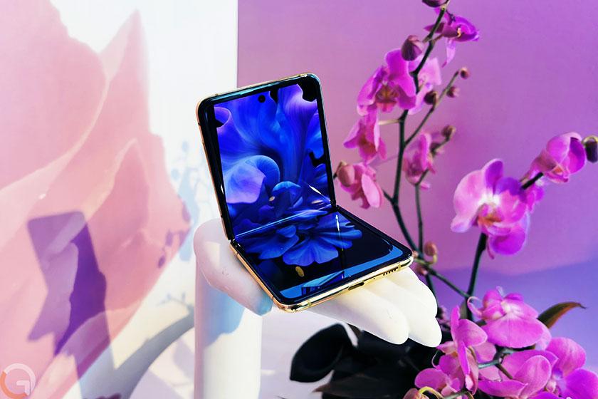 Galaxy Z Flip (צילום: רונן מנדזיצקי, גאדג'טי)