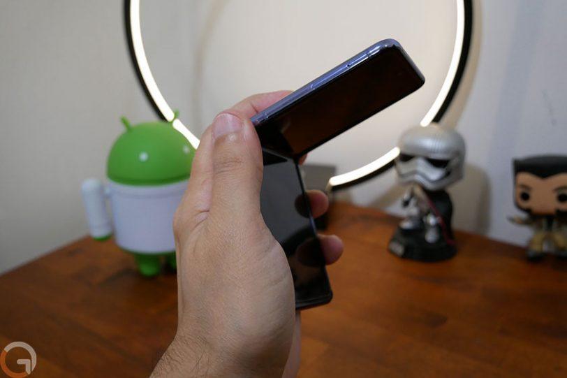Samsung Galaxy Z Flip (צילום: אוהד צדוק, גאדג'טי)