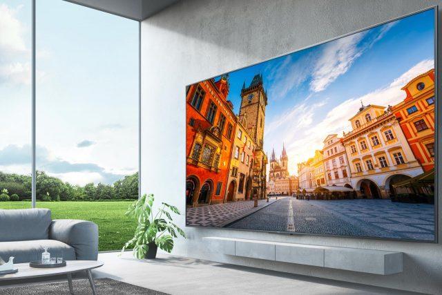 הוכרזה: Xiaomi Redmi Smart TV Max 98 – טלוויזיה חכמה ענקית במיוחד