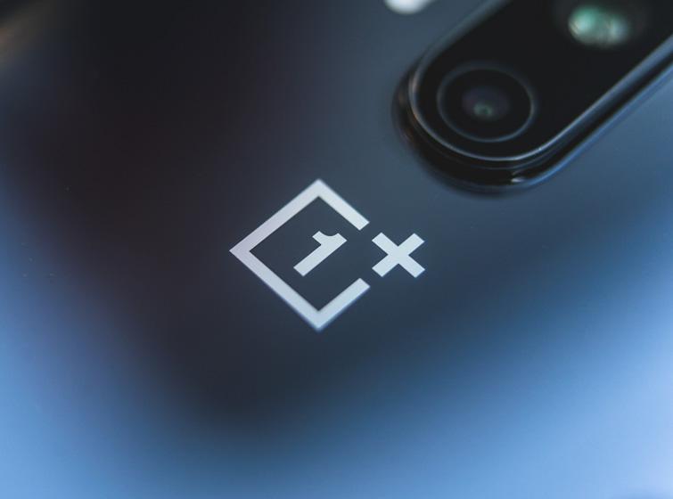 OnePlus 8 Pro (צילום: אופק ביטון, גאדג'טי)
